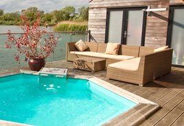 Spa breaks & hot tub lodges in the Cotswolds